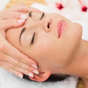 Lysiane Crespin vous propose un soin access bars, massage de 32 points de la tête pour une relaxation profonde.
